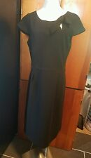 Oscar an Oscar de la renta Company dress size 12 black cap sleeves knee length