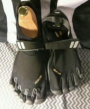 Vibram Five fingers Men's KSO Trek Trail Running Shoes Excellent  Condition