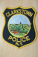 Patches: CLARKSTOWN NEW YORK POLICE DEPT PATCH (New, 5x4 inch)