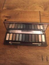 New in Box Eye Shadow Smoky 12 Colors Free Shipping