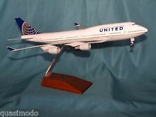 UNITED - CONTINENTAL TRANSITION  Boeing 747-400   SKYMARKS EXECUTIVE