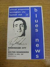 Bolton Wanderers 01/04/1967 Birmingham City v (pliegue luz, marcas de débil Trus).
