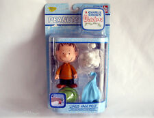 Peanuts CHARLIE BROWN CHRISTMAS LINUS Van Pelt Figure NEW Hard to Find!