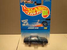 1996 Hot Wheels Jaguar XJ40 #609
