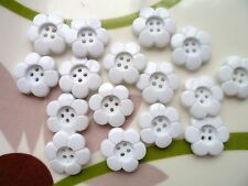 30pcs Novelty Button Daisy Flower 4  Holes Craft Sewing Cardmaking White 15mm