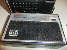 Radio portable SIX + CASE TWO BAND LW MW - NOT TESTED   ... 12
