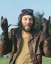 """Donald Sutherland Kellys Heroes 10"""" x 8"""" Photograph no 8"""
