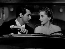 Joan Fontaine and Cary Grant UNSIGNED photo - C199 - Suspicion