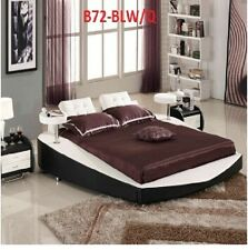 ITALIAN DESIGN QUEEN SIZE BLACK & white PU LEATHER BED FRAME