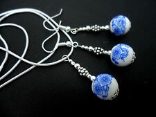 A PRETTY BLUE/WHITE  PORCELAIN FLOWER BEAD NECKLACE AND  EARRING SET. NEW.