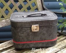 VINTAGE RETRO  VANITY CASE LUGGAGE STORAGE CLASSIC CAR VW CAMPER OVERNIGHT BAG