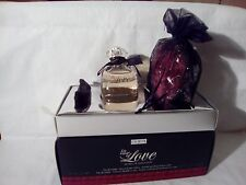 "PUPA "" IN CASE OF LOVE "" DONNA WOMAN EDT SPRAY 50 ML.+COLLARINO+POLVERE SATINE'"
