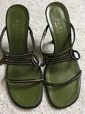 VINTAGE GUCCI SANDALS BLACK LEATHER/ GOLD CHAIN SZ 6B, CHIC