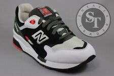 NEW BALANCE CLASSICS 1600 CM1600RA PAPER LIGHTS BLACK WHITE RED DS SIZE: 9
