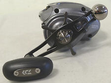 NEW DAIWA LEXA 300HSL-P BAITCASTING REEL POWER HANDLE 7.1:1 LEXA300HSL-P LH