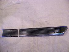 1966 CHRYSLER 300 FENDER & DOOR TRIM RH LOWER - BOTH PIECES
