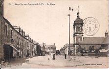 Ancienne carte postale, VIEUX VY sur COUESNON, La place, écrite au revers.