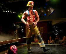 Joe Manganiello UNSIGNED photo - G1470 - Magic Mike