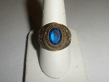 Vintage 1968  East  Meadow High School New  York 10k gold  ring size 9