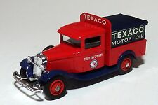ELIGOR 1932 FORD TEXACO COVERED PICKUP / load of BARRELS  O scale 1:43  On30 ^