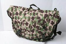 Converse Messenger To Go Bag (Camo Purple)