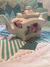 Red Roses Tea Pot Crowne Oaks Designs Made In England