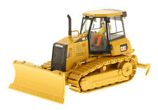 CAT CATERPILLAR D6K XL TRACK TYPE DOZER WITH OPERATOR 1/50 DIECAST MASTERS 85192
