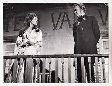 """Raquel Welch / James Stewart / Dean Martin (Pressefoto '68) in """"Bandolero"""""""