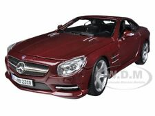 MERCEDES SL 500 COUPE RED 1/24 DIECAST MODEL CAR BY BBURAGO 21067