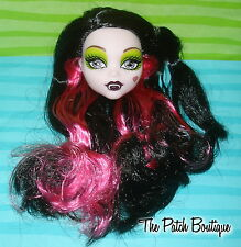 MONSTER HIGH SNOW BITE DRACULAURA SCARILY EVER AFTER DOLL REPLACEMENT HEAD ONLY