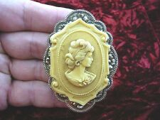 (CL36-4) DIGNIFIED WOMAN CURLS CAMEO Pin Pendant Jewelry brooch