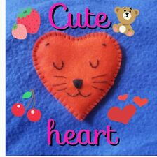 Felt cuteheart brooch. handmade. Cat. Valentines Day. love. Heart. Sweetheart.
