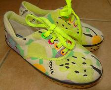 bunter Stoff-Turnschuh Schnürsenkel Lemur Kinderschuhe Neon-Farben Textil-Schuh