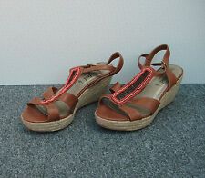 New Look Tan Faux Leather Wedge Sandals with Red Bead Decoration Size 7/40