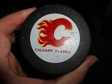 Rare Vintage 1980s Calgary Flames Viceroy – InGlasCo Game Puck w NHL Logo