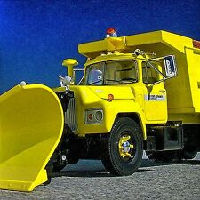 LAST RARE PORT AUTHORITY R MACK DUMPTRUCK SNOW PLOW -  First Gear