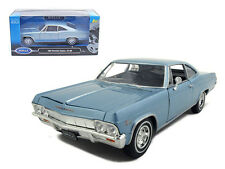 Welly 1/24 Scale 1965 Chevy Impala SS 396 Light Blue Diecast Car Model 22417