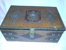 Gorgeous Collectible Cookie Tin Great Color Two Headed Bird Crest Large