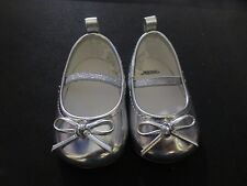 Gymboree Cozy Critter Baby Girl Silver Mary Jane Crib Shoes 1