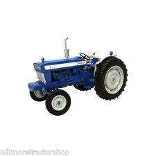 2808 Universal Hobbies Ford 5000 tractor BOXED 1:32 New