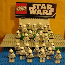 "STAR WARS LEGO LOT  MINIFIGURE--MINI FIG--"" LOT OF 25 CLONE TROOPERS ---- CHEAP"