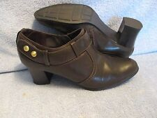 Womens Shoes NATURALIZER NATURAL SOUL Size 7 1/2 M SHOOTIES BOOTS NWT