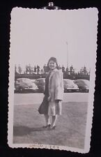 VINTAGE PICTURE OF PRETTY WOMAN IN FUR COAT & CARS PHOTO PHOPTGRAPH