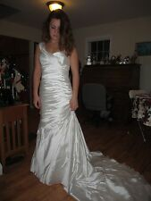 Pronovias Wedding Bridal Dress Gown Sz 2-4  Dakota Trumpet Fit and Flare style
