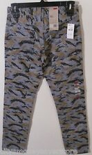 NWT Levis 511 Mens Slim Fit Hybrid Trouser Pants Jeans 30x32 Grey Camo MSRP$68