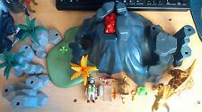 Playmobil lot de personnage Tricératops avec volcan chercheur et accessoire