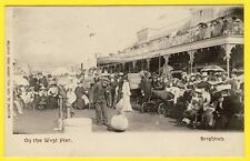 cpa ANGLETERRE SUSSEX BRIGHTON On the West Pier Numéro CHIEN BALLON Dog on Ball