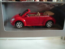 Maisto VOlkswagen New Beetle Cabriolet in Red on 1:24 in Box