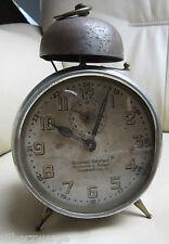 uralter Wecker um 1900 mit Glocke - Aufschrift Uhrmacher G.Seyfert Geithain/Sa.