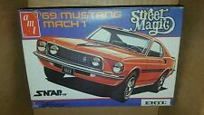 AMT Ford 1969 Mustang Mach 1 Street Magic SnapFit Model ERTL 1/43 scale